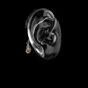 Daisy Flower - Hearing Aid Jewelry